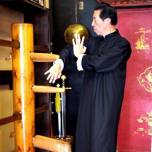 Wing Chun Dummy - Sifu Samuel Kwok